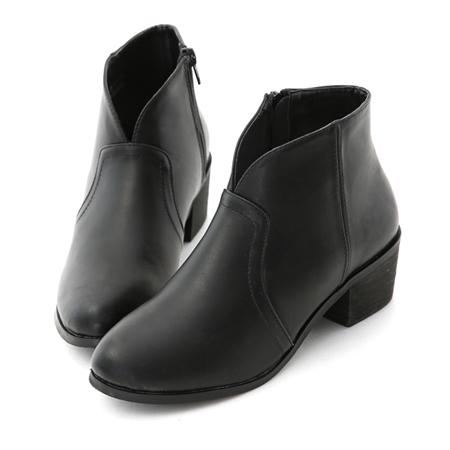 肉肉腿短靴推薦 腿粗V口短靴推薦 素面小V口低跟短靴 黑色短靴 女