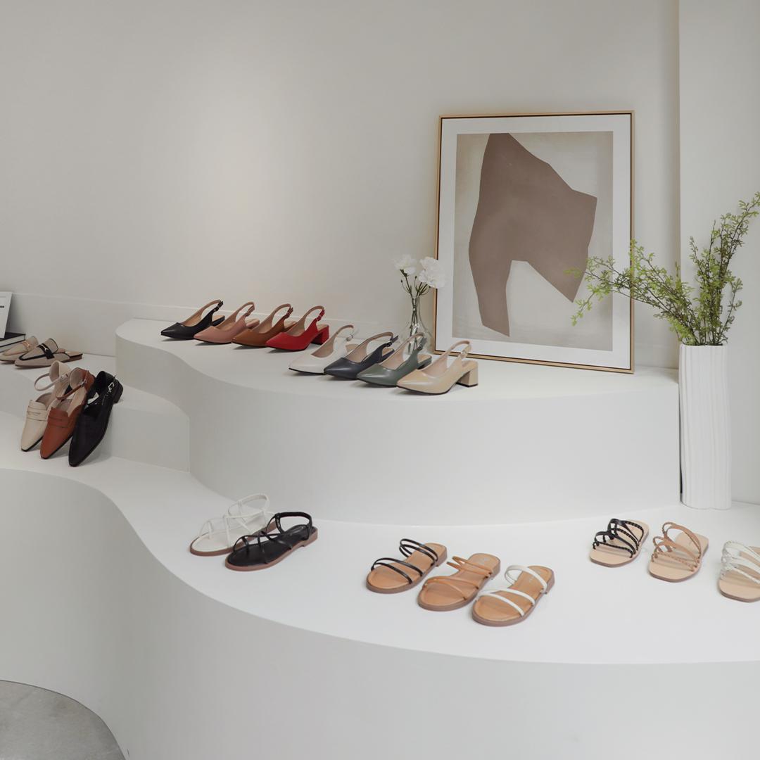 D+AF敦南門市 D+AF南西旗艦店 女鞋門市 以梯田式陳列讓所有商品一目了然