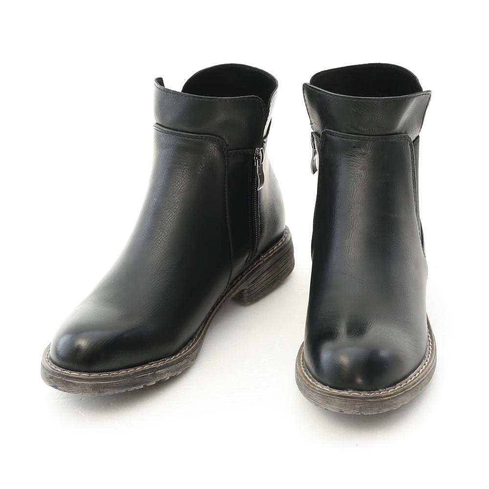 Stacked Heel Chelsea Boots Black