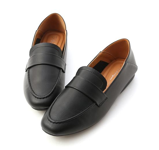 百搭輕便.超軟Q可後踩樂福鞋 時尚黑