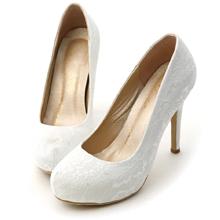 法式蕾絲素面水台高跟鞋 典雅白