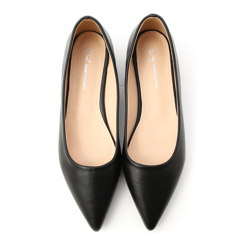 典雅氛圍.韓風素面低跟尖頭鞋 時尚黑