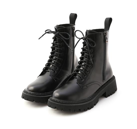 帥氣look.雙側拉鍊軍風綁帶短靴 時尚黑