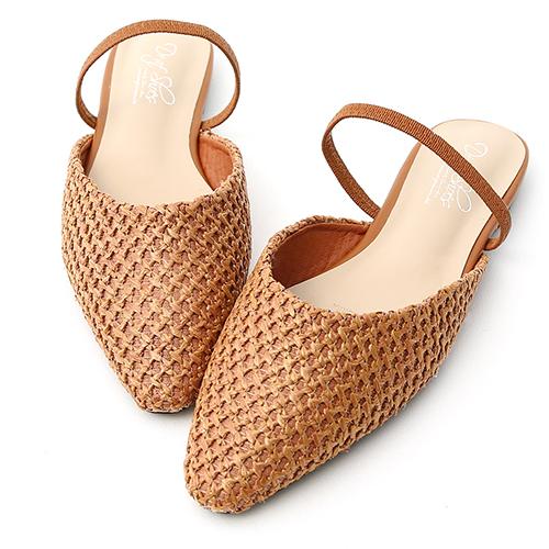 清新涼氛.尖頭編織料平底穆勒鞋