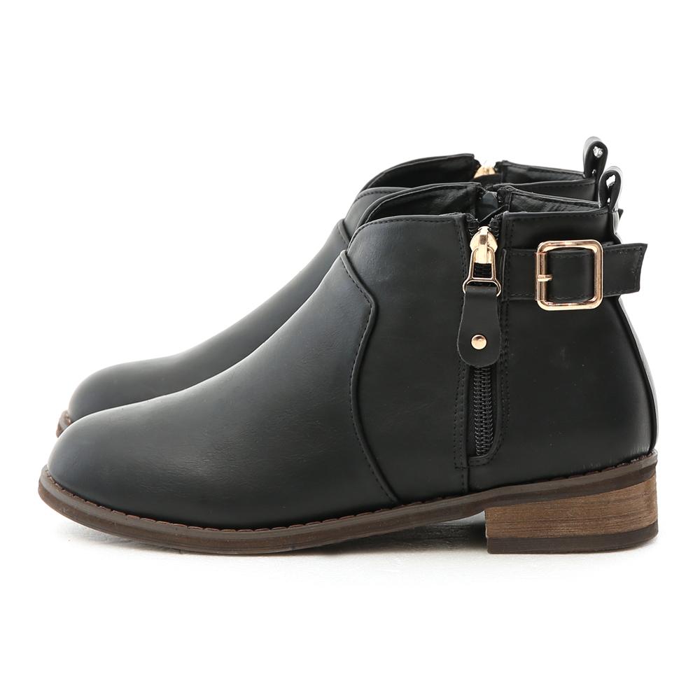 V-Cut Side Zip Ankle Boots Black