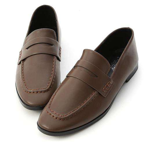 率性步調.經典款方頭平底樂福鞋