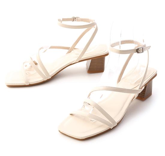 歐膩必備.Z字繫踝木紋跟涼鞋 香草米白