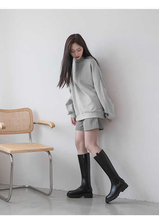 Thick Sole High Chelsea Boots Black
