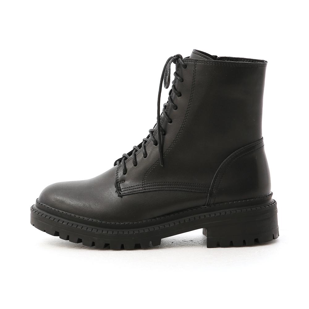 型人風格.厚底綁帶馬汀短靴 時尚黑