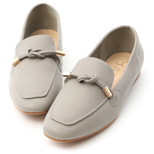 好感輕著.小金飾綁結柔軟樂福鞋