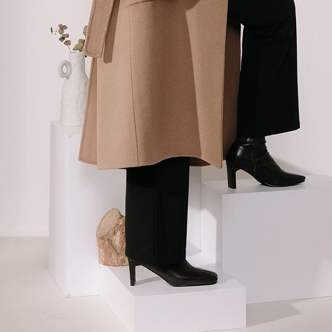 スクエアトゥスタックヒールブーツ ブラック