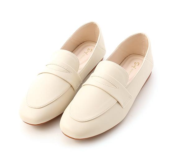 舒服日常.超軟Q經典款樂福鞋 香草米