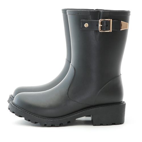 D+AF 人氣搭配.質感金屬釦環中筒雨靴