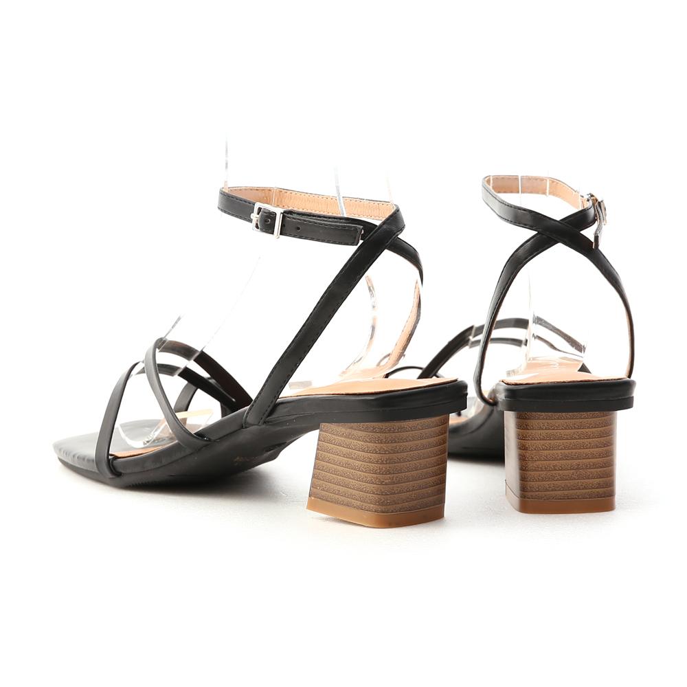 絕美設計.套指細帶木紋跟涼鞋 時尚黑