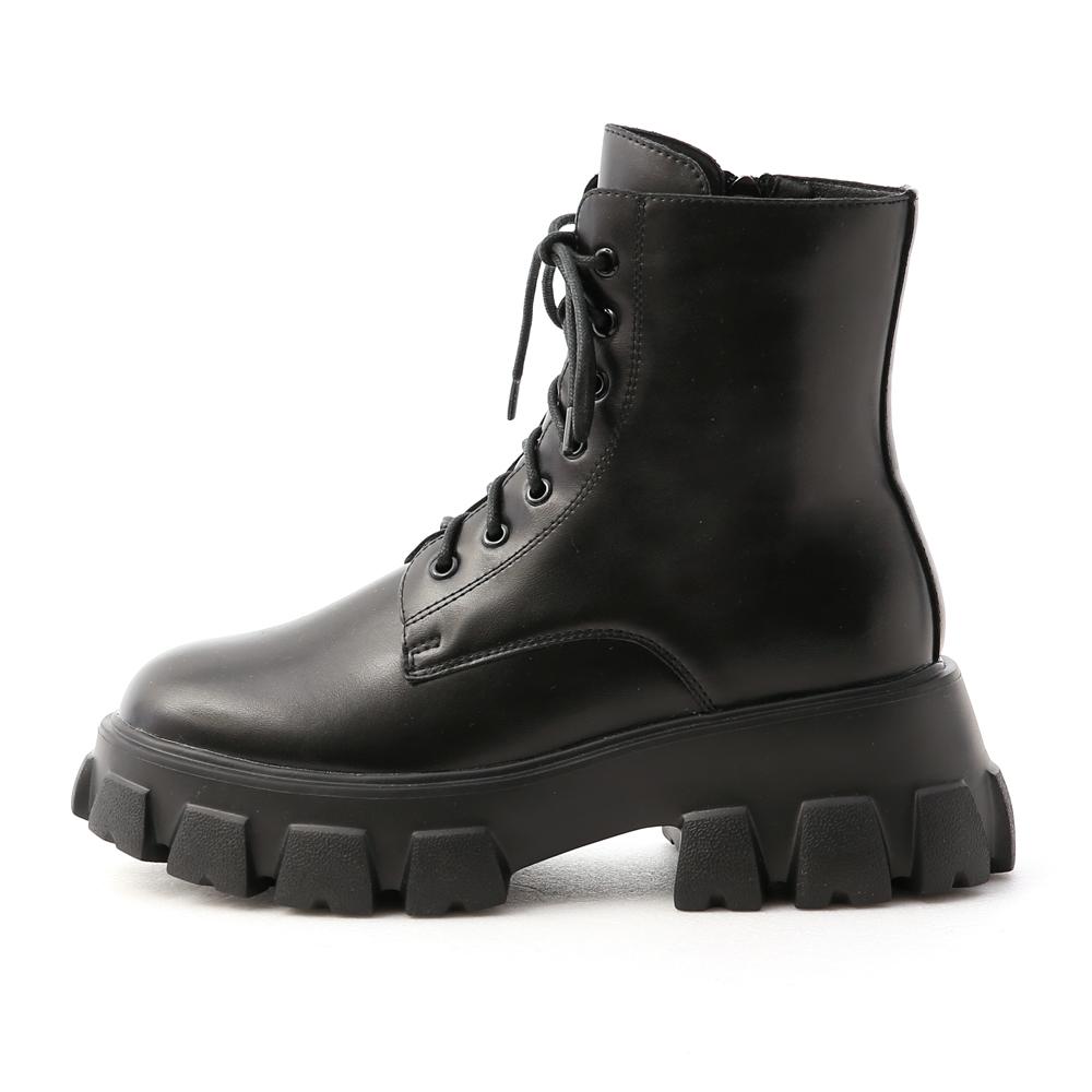 酷甜主張.超輕量綁帶鋸齒短靴 時尚黑