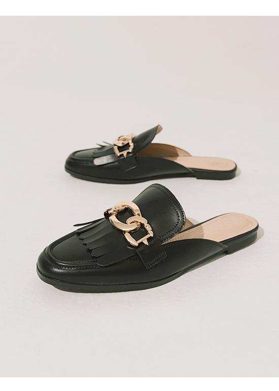 時髦專屬.金屬環釦流蘇穆勒鞋 時尚黑