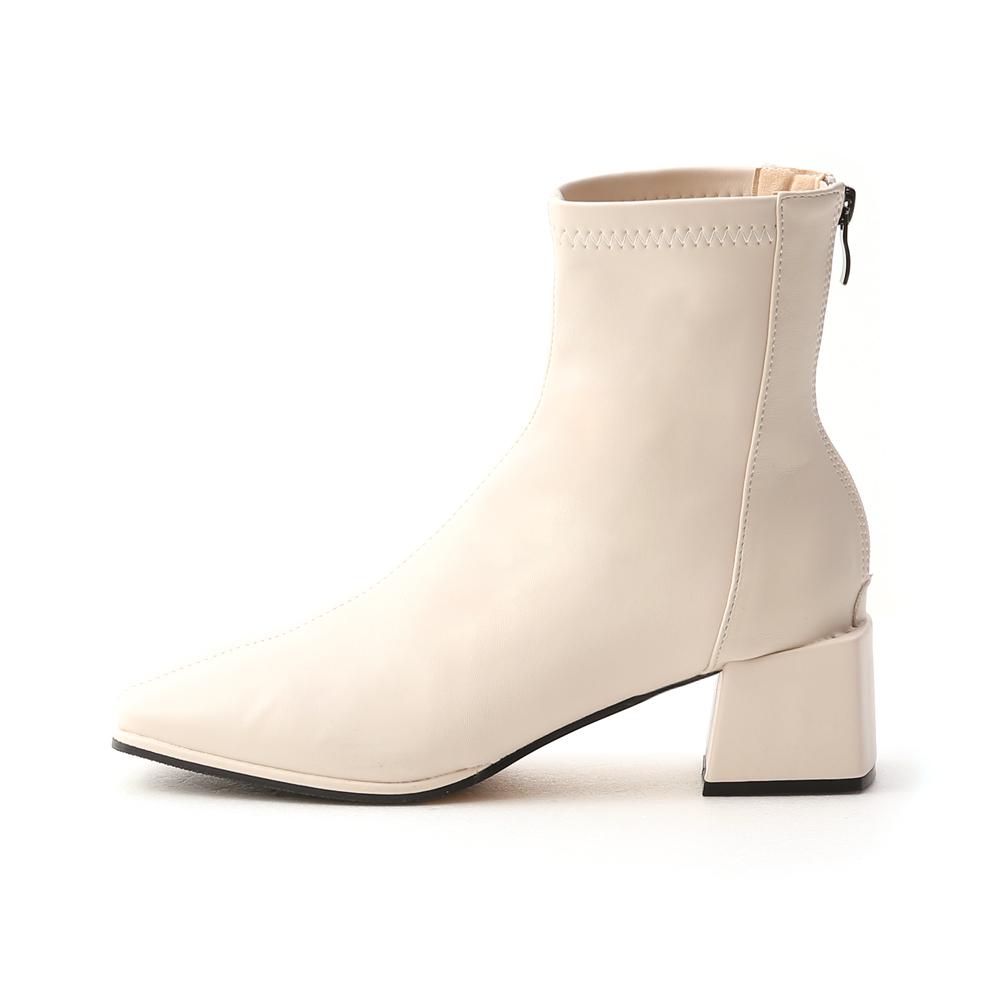 極簡時尚.素面方頭積木跟襪靴 香草米