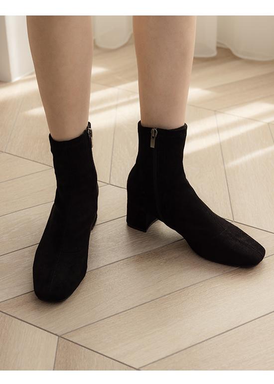 Square Toe Sock Boots Textured black