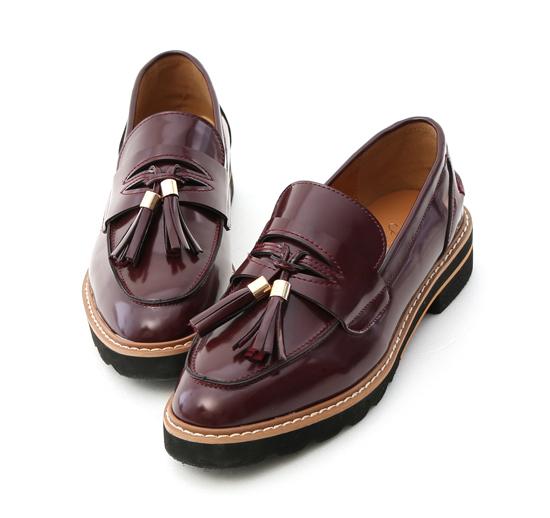 學院氛圍.漆皮流蘇加厚底樂福鞋 復古酒紅