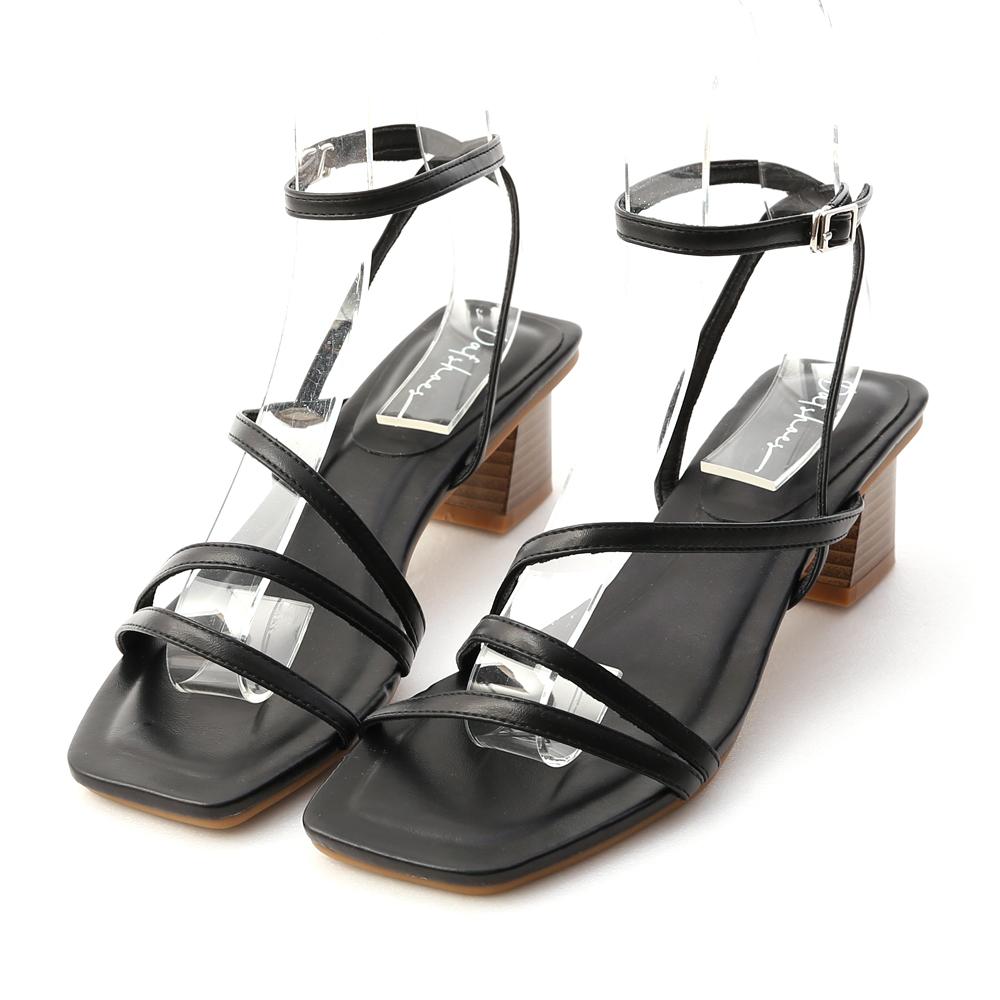 歐膩必備.Z字繫踝木紋跟涼鞋 時尚黑