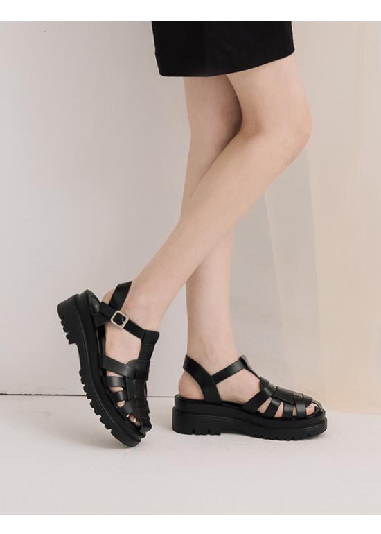 Thick Sole Interwoven Strap Sandals Black