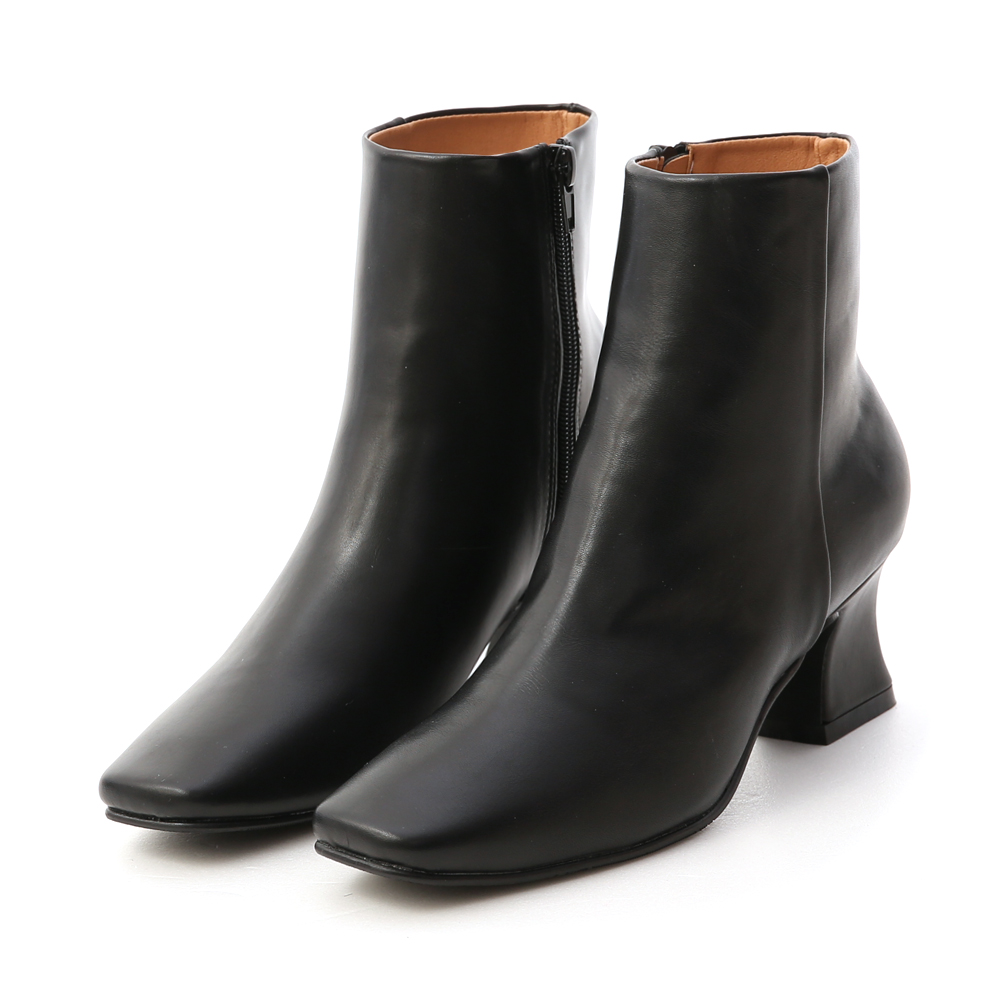 Plain Tailored Horseshoe Heel Boots Black