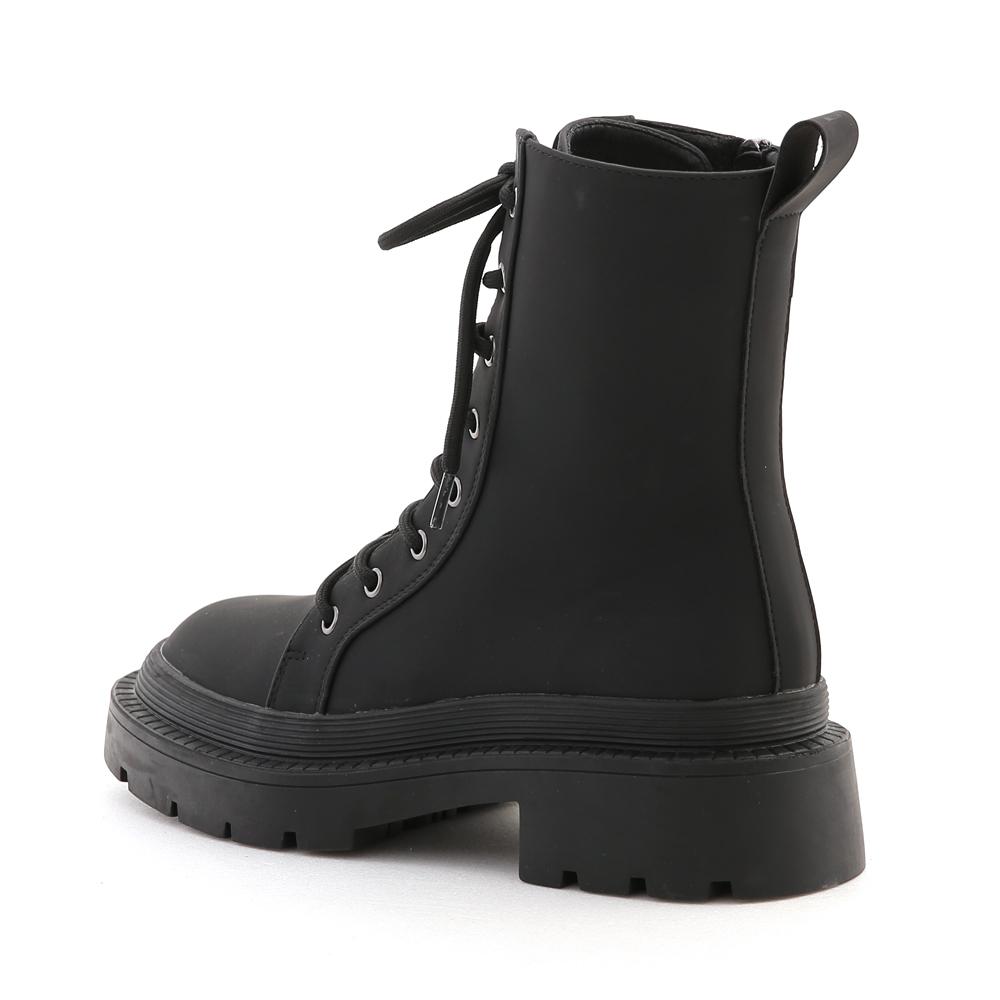 帥氣作風.超厚底綁帶軍風短靴 時尚黑